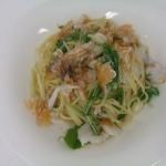 パリパリ甘鯛とシャキシャキ水菜のスパゲッティーニ